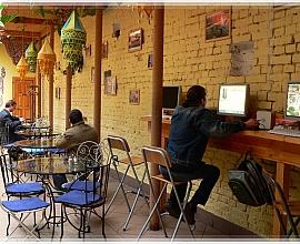 Бар + интернет-кафе