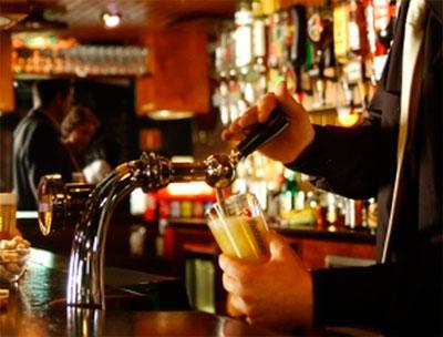 Пиво в английском пабе