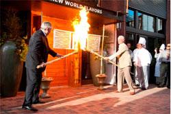 Оригинальная церемония открытия кафе, ресторана